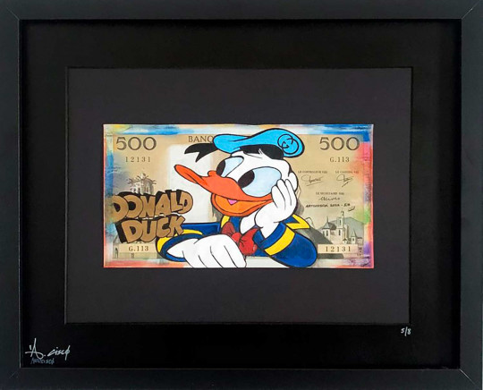 Donald Duck Gucci