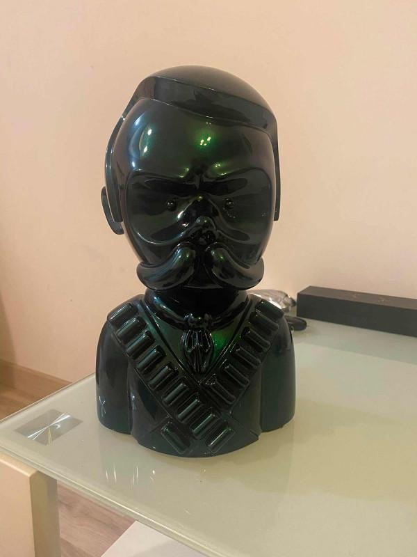 Zapata sculpture Rubico